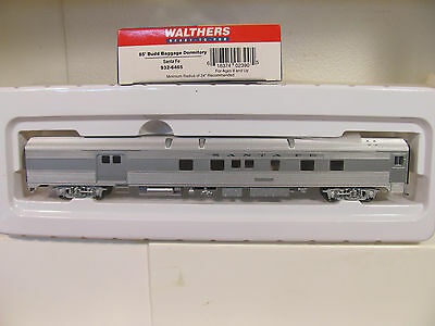 HO 1/87 sc WALTHERS 932-6465 SF 85' BUDD BAGGAGE DORMITORY Passenger Car