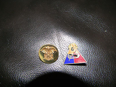 2 Vintage WW2 WWII US Army Infantry Pins Military Service Brass Badges Collar