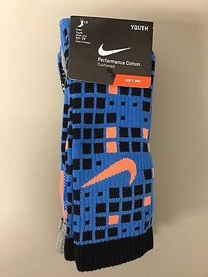 3 Pair Pack Of Nike Cushioned Performance Crew Socks Youth Large Shoe Size 5Y-7Y