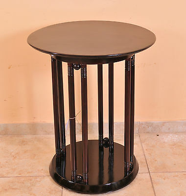 Josef Hoffmann: Fledermaus table designed in 1905, J&J Kohn