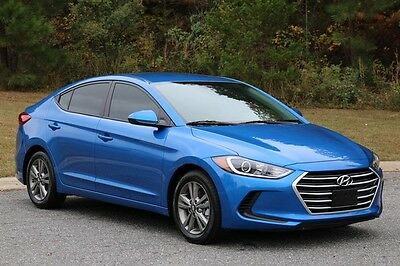 2017 Hyundai Elantra SE 2017 HYUNDAI ELANTRA SE,BLUE/GRY,ALL POWER,655 MI LIKE NEW IN AND OUT,no reserve