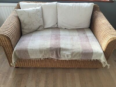 2-seater wicker sofa (matching 3-seater also available)