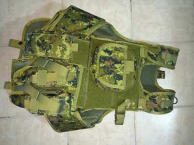 Deluxe Tactical Paintball / Army Vest Harness - Camo