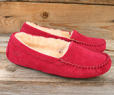 206357c9473 UGG AUSTRALIA WOMENS Scalloped Moc Burgundy Red Mocassins Slippers US 9 NEW!