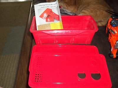 Prepology Silicone Microwave Pasta Cooker COLOR RED