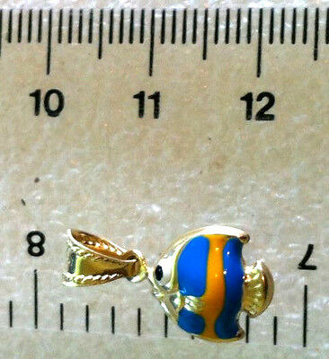 9 ct   yellow  gold  enamel  fish  pendant