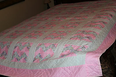 Amish Homemade Quilt - Hand Stitched - 91L x 69W - Queen, Pink