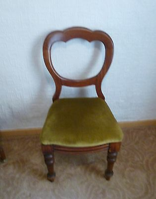 Set Of Four Victorian Balloon Back Chairs Fine Condition