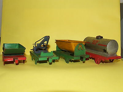 4 HORNBY O GAUGE MO WAGONS for spares repairs
