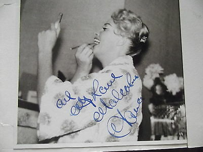 UNKNOWN FEMALE hand signed photo