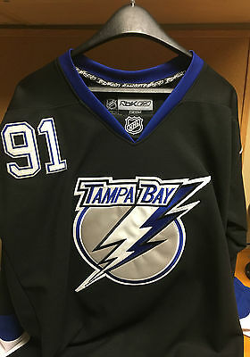 Steven Stamkos signed Tampa Bay Lightning Jersey with COA