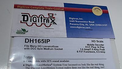 DIGITRAX DH165IP 1.25 Amp HO Scale Mobile Decoder for Kato EMD SD70MAC and other