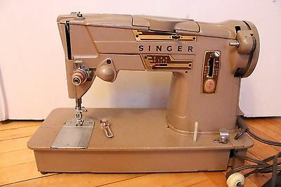 Vintage Singer 328J Style O Matic Sewing Machine