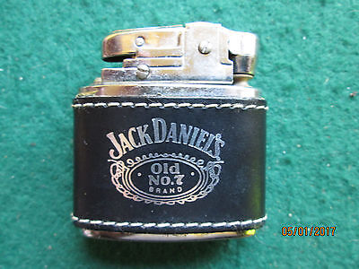 JACK DANIEL'S OLD No7 BRAND LEATHER BOUND LIGHTER IN OVAL PRESNTATION BOX
