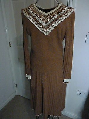 Vintage Lady be Good knitted skirt suit size 8 /10 - SALE