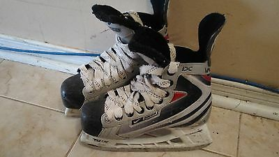 Bauer Ice Skate Size 2