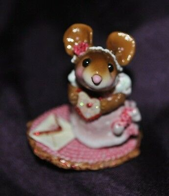 2009 WEE FOREST FOLK  M-386 SOMEBODY LOVES ME Mouse Valentine Retired 2011