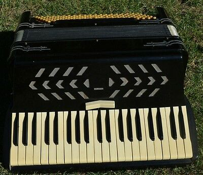 Working Rare Antique Brevetto Made In Italy Accordion 120 Bass Scandalli