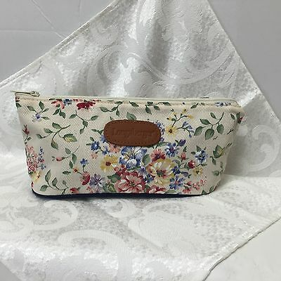 """Longaberger Antique Cream Floral Cosmetic Case 10"""" X 4-1/2"""" Made In Usa"""