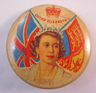 STUNNING ROYAL QUEEN ELIZABETH II 33mm TIN BUTTON BADGE