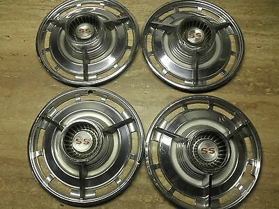 1963 Chevrolet Impala SS Spinner Hubcaps (4)