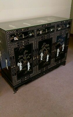 Oriental Chinese Japanese Sideboard/Cabinet. Black lacquer with figures, scenes