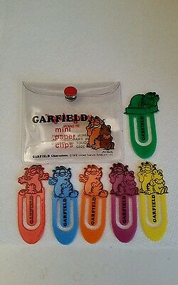 Garfield The Cat~Vintage 1978 Color Plastic Paper Clips In Pouch~