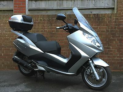 2008 PEUGEOT SATELIS 500 PREMIUM: Only 6,420 Miles! Superb Maxi Scooter Burgman