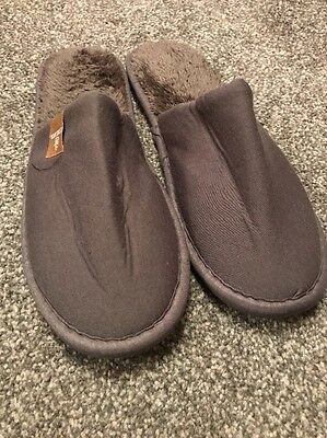 EMIRATES SPA SLIPPERS 1ST CLASS AIRBUS 380 2016 LARGE/X Large