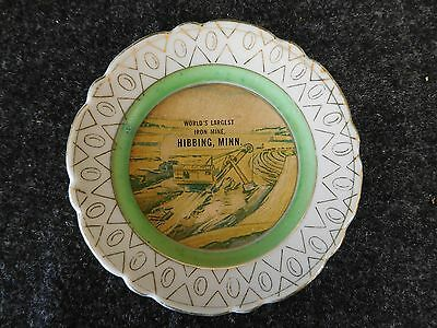 HIBBING MINNESOTA World's Largest Iron Mine SOUVENIR Mini WALL PLATE (AB1031)