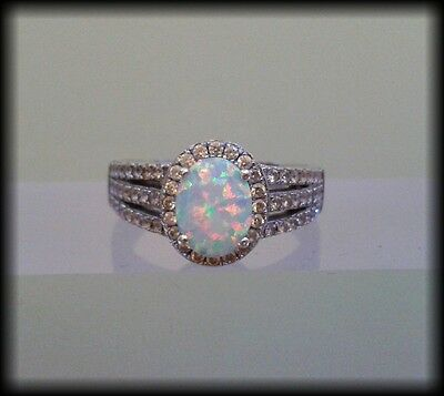 Vintage 925 Solid Sterling Silver and Genuine Opal Cabochon Ring