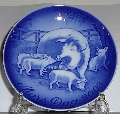 "2003 Bing & Grondahl Mothers Day Plate - ""Pig & Piglets"""
