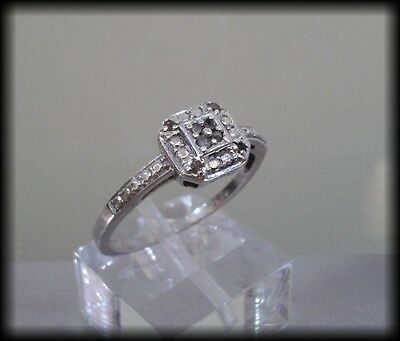 Vintage 925 Solid Sterling Silver and Genuine Diamond Chip Ring