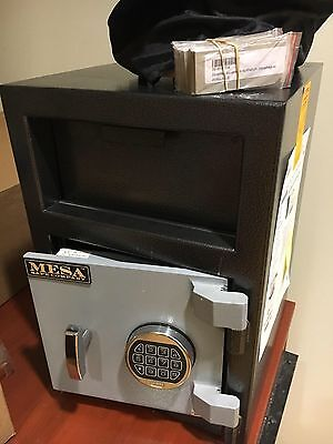 Electronic Heavy Duty Drop Safe With Combination