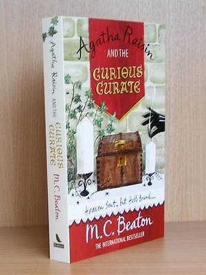 Agatha Raisin and the Curious Curate by M C Beaton -  NEW Paperback