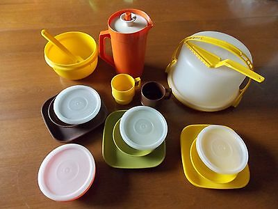TUPPERWARE Vintage 1970's-1980's Play Kitchen Dishes Collectibles 18 Piece Set