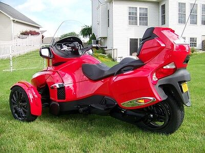 2013 Can-Am Spyder RT-S SM5  2013 Can-Am Spyder RT-S SM5 - Many Upgrades