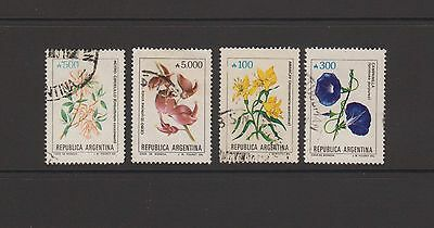 Argentina - set of 4 used stamps featuring flowers