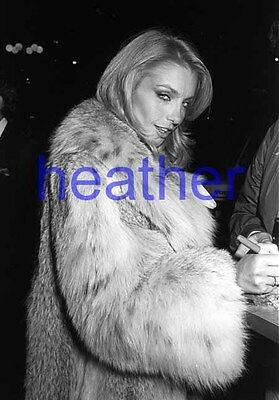 HEATHER THOMAS #239,WRAPPED IN FUR COAT,candid photo,the fall guy