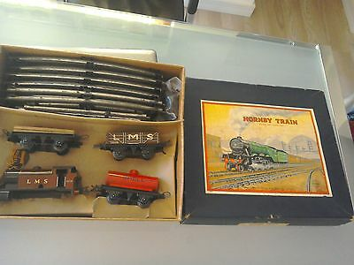 Hornby train boxed set o gauge no. 201 goods LMS Shell oil Meccano op
