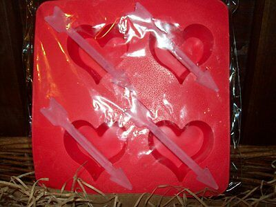 "NEW VALENTINES SET OF 2 TRAYS  1 3/4"" x 3/4"" LOVE HEART SHAPED w ARROW ICE CUBES"