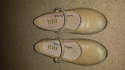 Girls Bloch Size 4 1/2 tap shoes