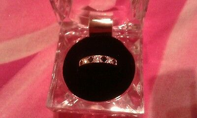 New size o ring diamond and sapphire heavy white and gold
