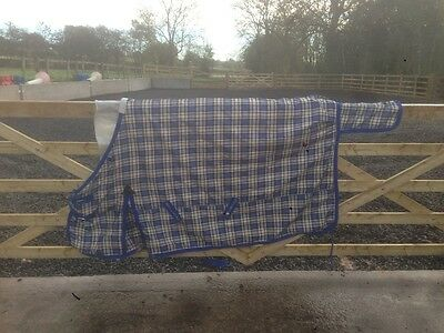 William Funnel stable rug medium weight 6ft proffessionally cleaned