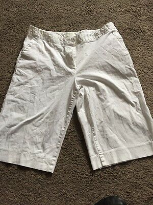 Pair Of Ladies White Shorts Size 16 From Marks And Spencer