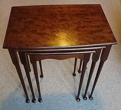 Dark Wood NEST OF 3 TABLES / Nested Coffee Tables