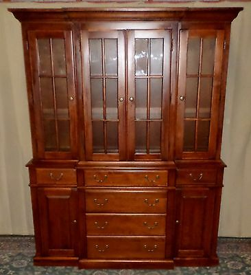 NICHOLS & STONE CHERRY CHINA CABINET Lighted Breakfront Hutch