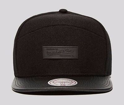 Mens Mitchell & Ness Mellow Wool Leather Baseball Snapback Flat Peek Cap Caps