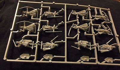 Lord Of The Rings The First Alliance Of Men & Elves Sprue (12 Miniatures) Gondor