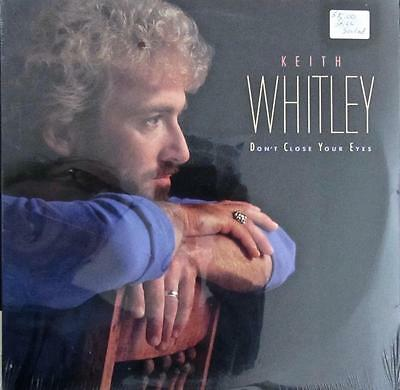 KEITH  WHITLEY RARE HAND SIGNED CARD w/ LP ALBUM DON'T CLOSE YOUR EYES